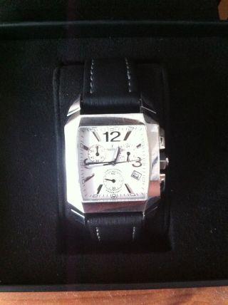 Festina Herrenuhr Uhr Chronograph Chrono Datum Lederarmband Schwarz F16135/5 Bild