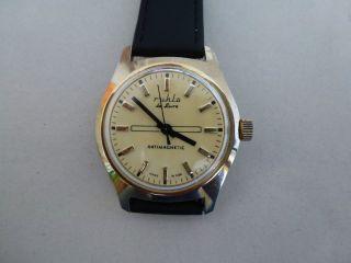 Hau Ruhla De Luxe Kult Uhr Aus Der Ddr,  70er.  Sehr Schön,  Wie Bild
