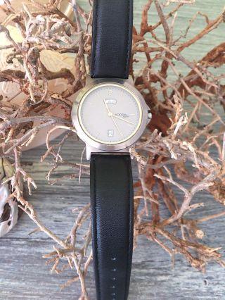 Adora Saphir Titan Herren Uhr Mit Lederarmband Bild