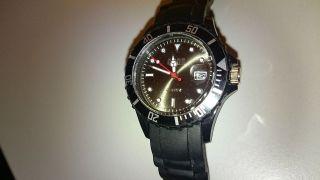 Qbos Unisex Uhr Silikon Armbanduhr / Schwarz / Datumsanzeige / Bild