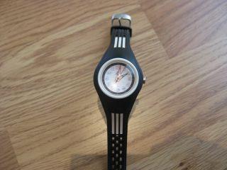 Armbanduhr Adidas Sportuhr Uhr Klassisch Kinderuhr - Ohne Batterie Bild