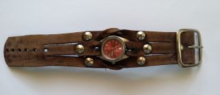 Red Monkey Armbanduhr Leder Bild