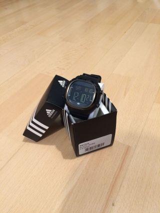 Adidas Armbanduhr Seoul In Schwarz Bild
