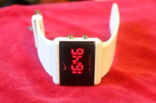 Nike Led Watch Jw4522l Bild