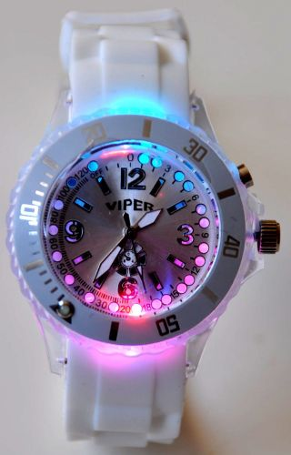 Blinkende Led Uhr Damen Herren Trend Silikon Armbanduhr Leucht Blink Uhren Weiß Bild