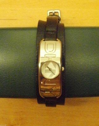 D16 - Armbanduhr,  Modisch,  Elegant,  Dkny,  Lederarmband Bild