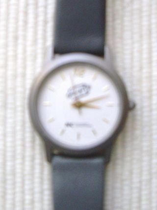 Uhr Armbanduhr Damenuhr Titanium Hellgrau Gold Kleiner Werbeaufdruck Leicht Top Bild