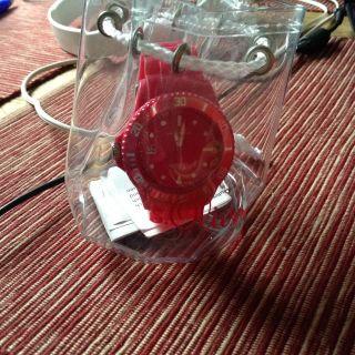 S.  Oliver Damen Armband Uhr Aus Gummi In Pink - Bild