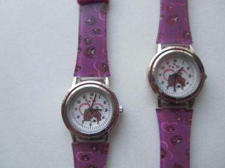 Süße Armbanduhren Doppelpack Mit Hundemotiv Echt Süßßß. Bild