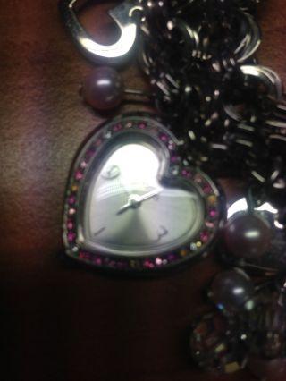 Weihnachtsgeschenk: Uhr Von Guess Für Junge Damen Oder Mädchen Bild