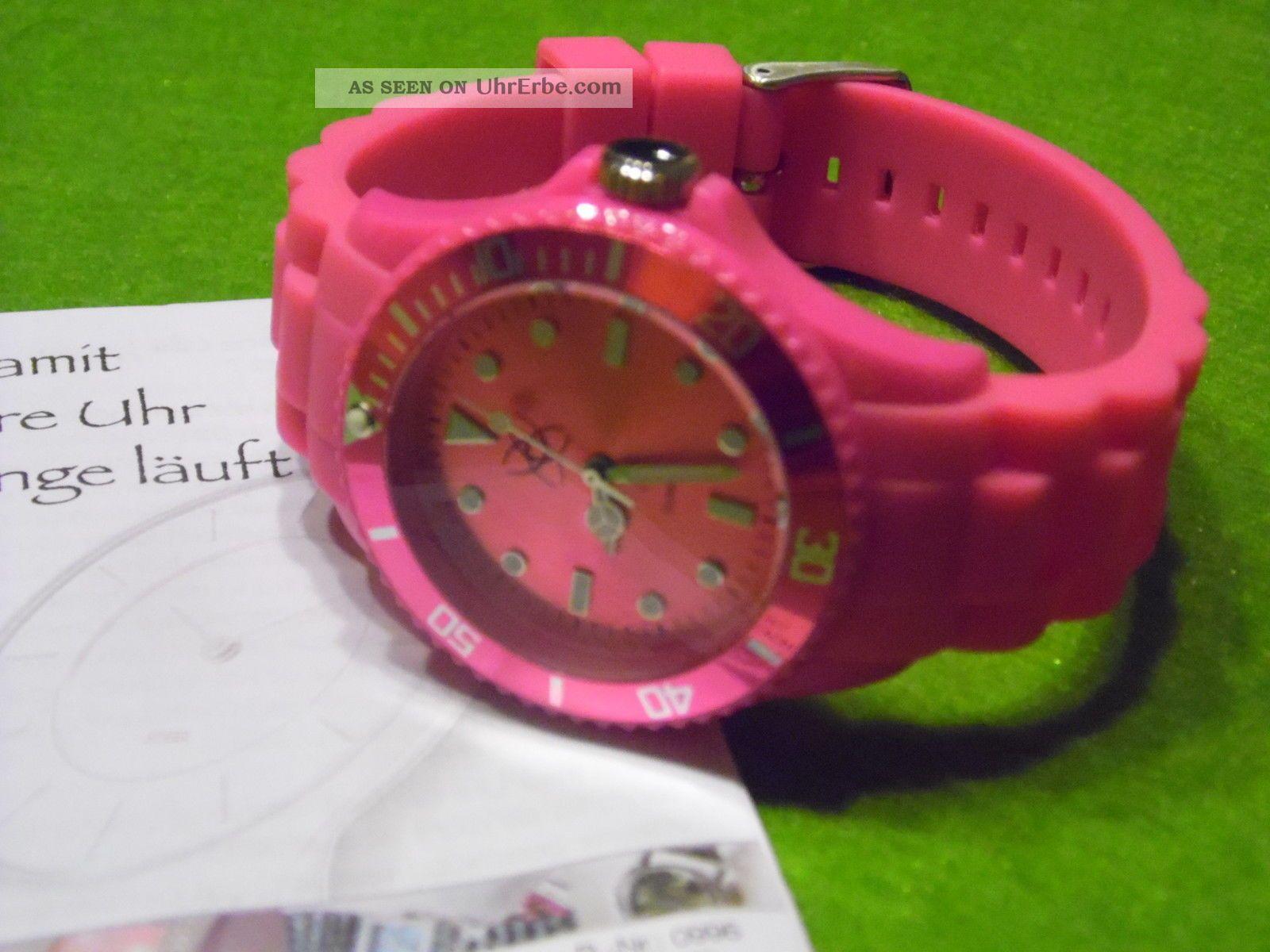 Armbanduhr In Pinkfarben,  Siliconarmband Armbanduhren Bild