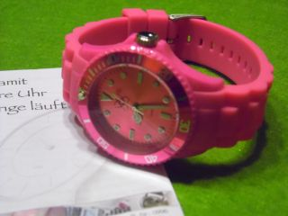 Armbanduhr In Pinkfarben,  Siliconarmband Bild
