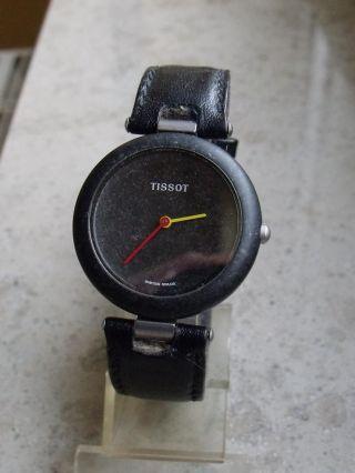 Seltene Tissot Rockwatch R151 - Die Begehrte 32mm Unisexvariante In Schwarz Bild
