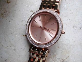 Michael Kors 3192 Damen Uhr,  Rosegold Stahlgehäuse/armband,  Datum,  Neuwertig Bild
