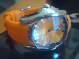 Chronotech Uhr 43x 48mm Neuwertig Bild