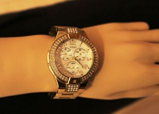 Guess I16540l1 Armbanduhr Für Damen Bild