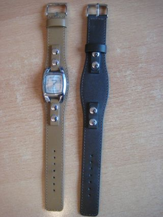 Manguun Uhr,  Armbanduhr,  Zweites Band Ungetragen Bild