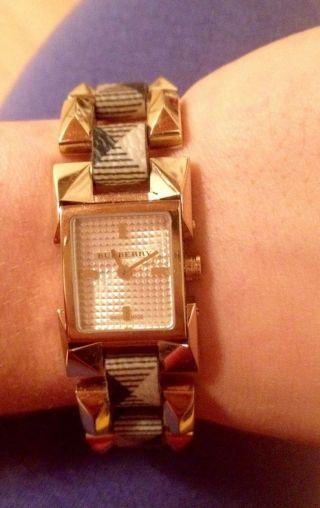 Burberry Damenuhr Bu5365 Orginal Uhr Wie Luxus Premium Swiss Made Bild