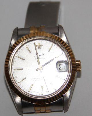 Armbanduhr Von Royal