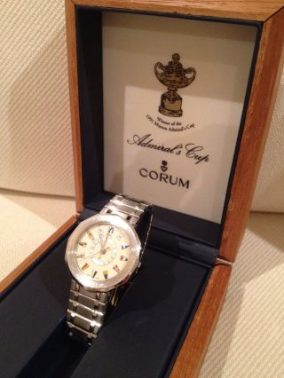 Corum Admiral ' S Cup Winner Of The Mumm Aus 1 Hand Bild