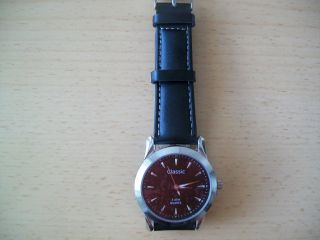 Armbanduhr Mit Echtlederarmband Schwarz, Bild