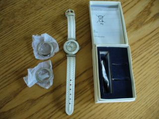 Yves Rocher Armbanduhr,  Wechseloptik,  Quartz,  Mit Batterie,  Lederarmband,  Weiß Bild