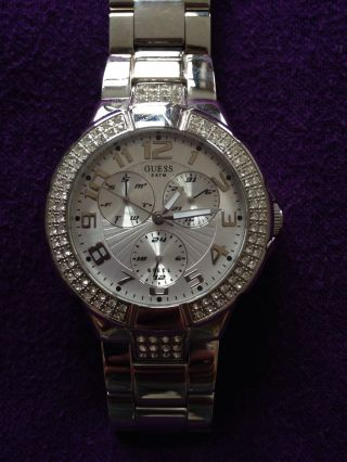 Guess Armbanduhr,  Silber Farbend Bild