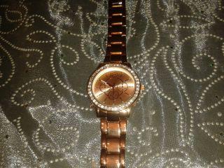 Damen Armbanduhr,  Analog,  Gehäuse Mit Strasssteinchen,  Farbton: Kupfer Modisch Bild
