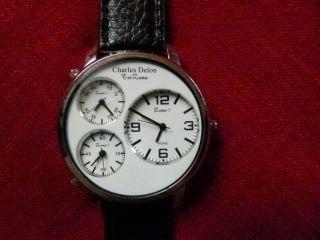 Sehr Große Armbanduhr Mit 3 Zeitzonen,