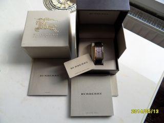Burberry Luxus Herrenuhr Gold Bild