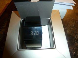 Jacob Jensen 530 Digital Armbanduhr Für Herren (32530) Bild