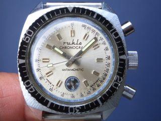 Seltener Mechanischerruhla Herren Chronograph Armbanduhr Gut Erhalten Läuft Gut. Bild