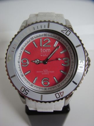 Tomwatch Basic White 44 Wa 00105 Strawbery Red Uvp 49,  90€ Bild