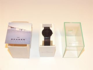 Ultraflache Armbanduhr Für Damen & Herren Bild