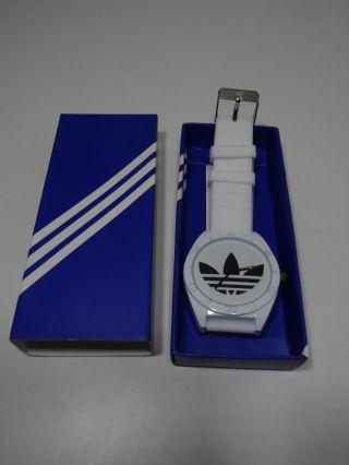 Coole Adidas Herren Uhr Armbanduhr Cooles Design Neuware,  Verpackung Bild