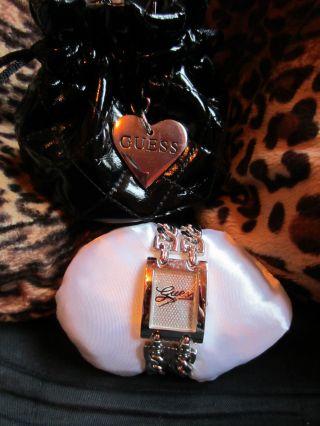 Guess Damen Armband Uhr Edelstahl Silber Strass Heavy Metal Bild