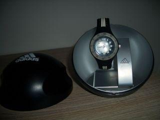 Armbanduhr Von Adidas Bild