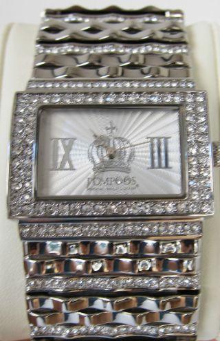 Pompöös Uhr Mit Kristallen,  Rhodiniert Bild