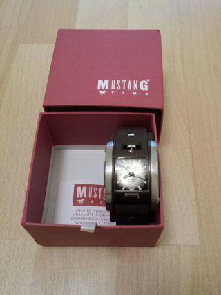 Mustang Uhr Bild