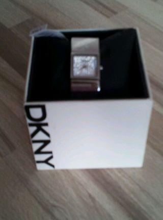 Dkny Edelstahl Damen - Armbanduhr Silber.  Mit Strasssteinen. Bild