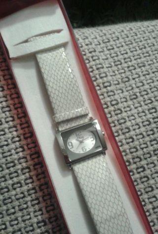 S.  Oliver Armband Uhr Traum Top Lederarmband Weiß Weihnachten Geschenk Bild