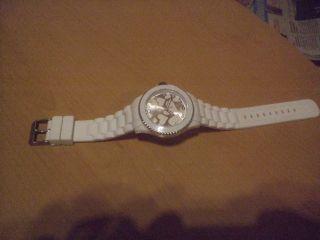 S Oliver,  Armbanduhr: In Love Bild