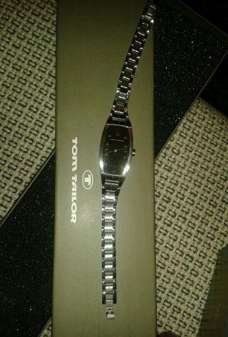Tom Tailor Damen Armband Uhr Farbe Silber W Incl Geschenk Verpackung Bild
