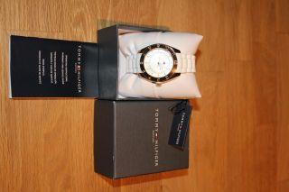 Tommy Hilfiger Uhr Armbanduhr Für Damen Weiß Gold Klassisch Bild