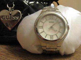 Guess W12117l1 Armbanduhr Edelstahl Perlmutt Glizernde Kristalle Bild