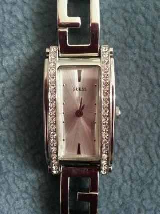 Guess Damen Uhr Silber Mit 36 Steinchen 1 X Getragen Bild