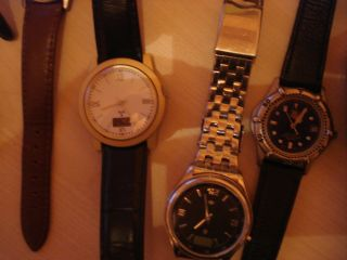 Uhren - Sammlung 22 Herren - /damenuhren Unterschiedlicher Marken Sehr Gut Bild