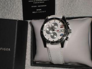 Tommy Hilfiger Armbanduhr Weiss Lederarmband Neuwertig Bild