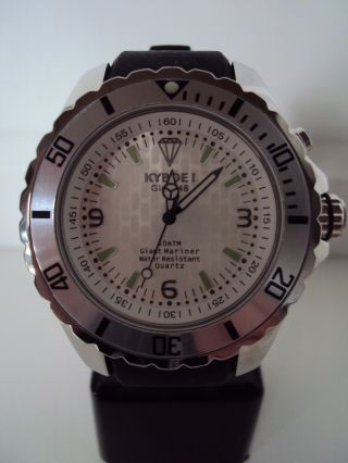 Kyboe Silver Series Ky 005s - 48 Quarz Uhr 10 Atm Uvp 199€ Led Licht Bild