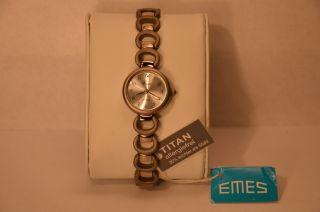 Emes 21/5006 Damen - Armbanduhr Uhr Titan Neuwertig/ungetragen Eta 902.  105 Swiss Bild